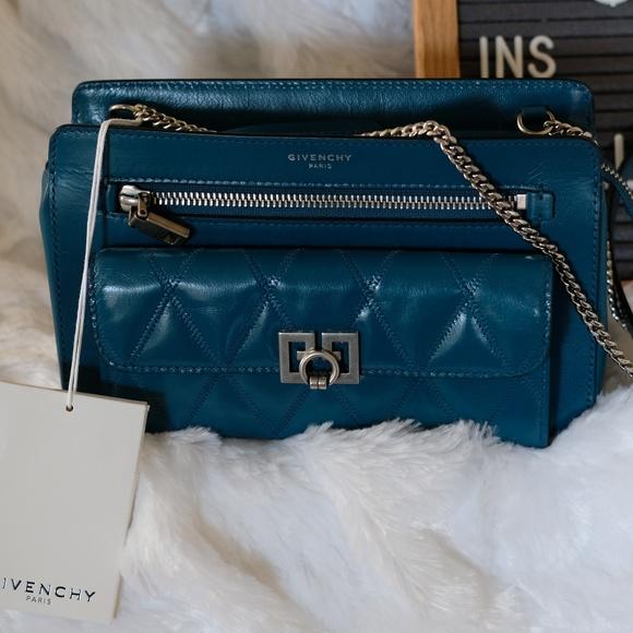 Givenchy Handbags - ⛔️SOLD ⛔️ Givenchy-Pocket quilted Crossbody Bag